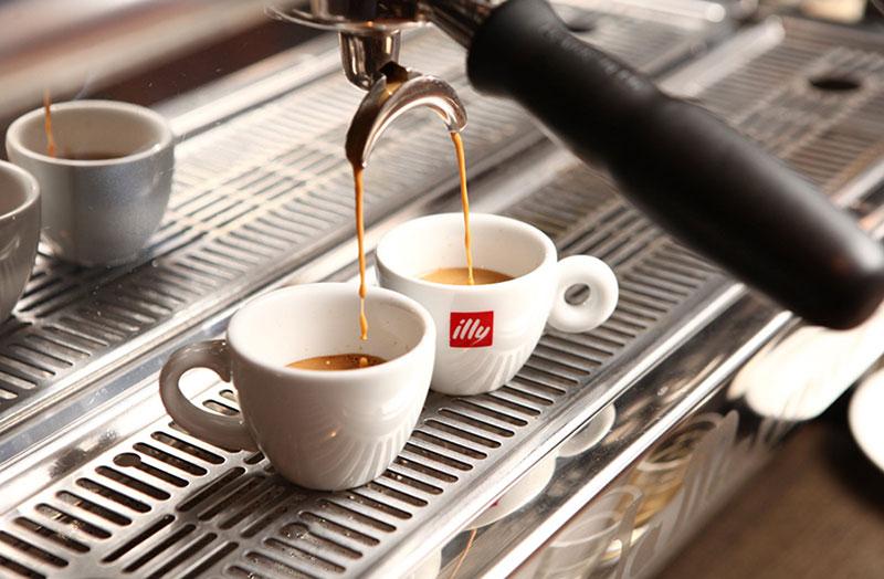 Еспресо кава: все про цей вид кави та приготування