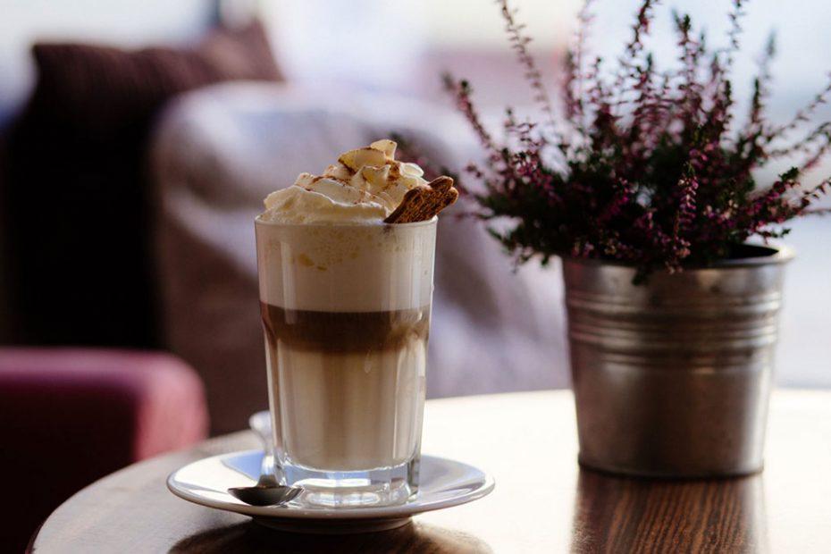 Фрапе - рецепт та історія кавового напою